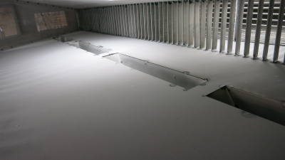 Hoppers and vanes inside flow model